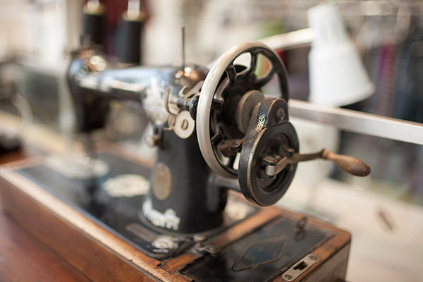 Hilltop Cleaners Sewing Machine Expert Alterations Encino